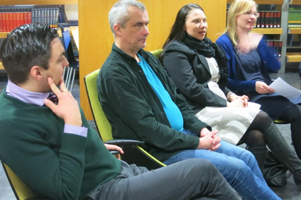 Vaasan panelisteja: Joakim Strand, Juha Tuomikoski, Emmi Herler-Westeråker ja Johanna Olsson.